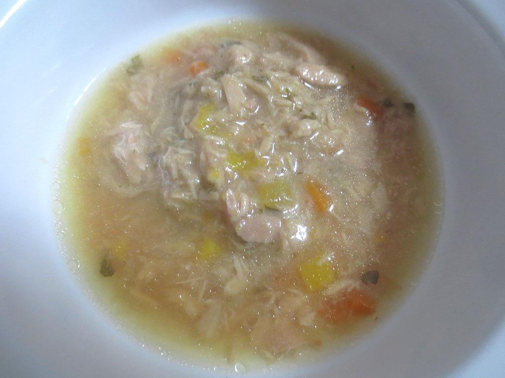 子猫用のまぐろスープです。