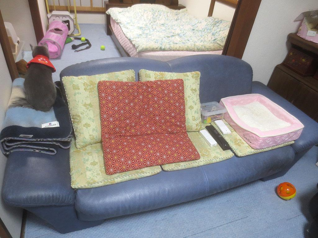 ソファーの応急処置をしました。